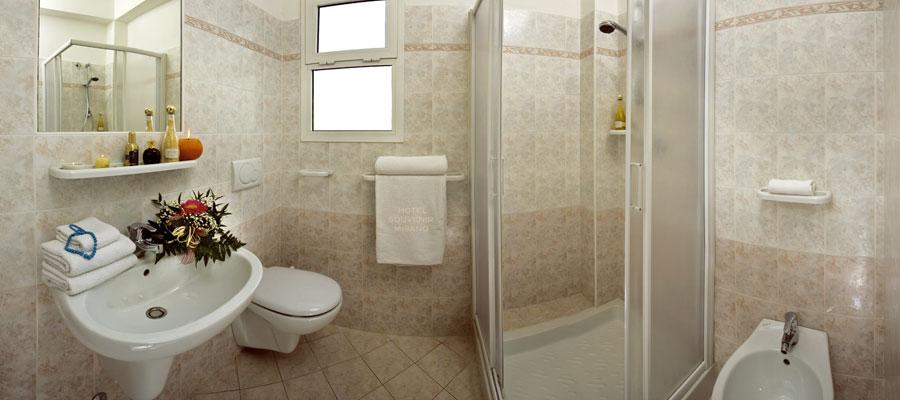 i bagni privati e recentemente ristrutturati sono tutti dotati di box doccia a te non rimane che prendertela comoda